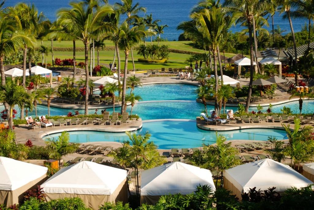 Maui Ritz1
